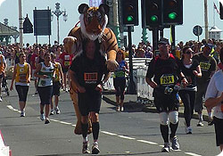 Running well in Brighton Marathon - image by Julie Oldroyd