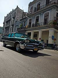 Street and old American car, Havana