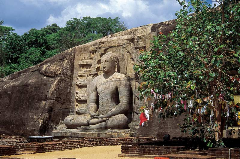 Seated Buddha, Polonnaruwa