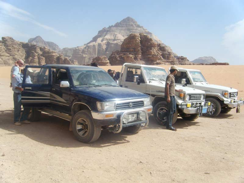 4WD excursion in the Wadi Rum