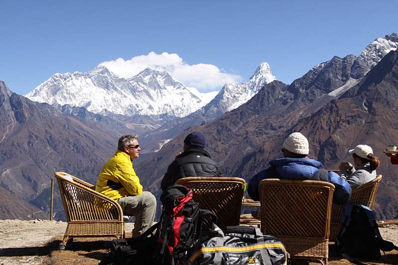 Relaxing on the Everest route